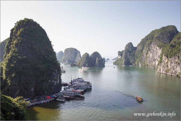http://grebenkin.info/Trip/OnLine/Vietnam2014/Halong/IMG_8974.jpg